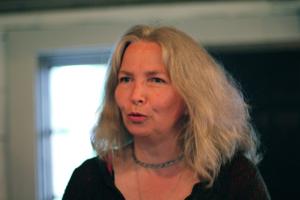 Marina Granlund berättar på Märtas Kafé under förra årets festival i Ljungby.